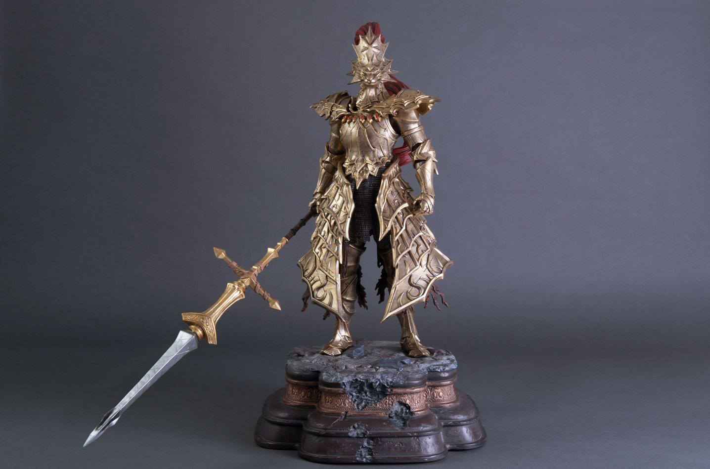 First 4 Figures'ten Dark Souls: Dragon Slayer Ornstein Statüsü geliyor!