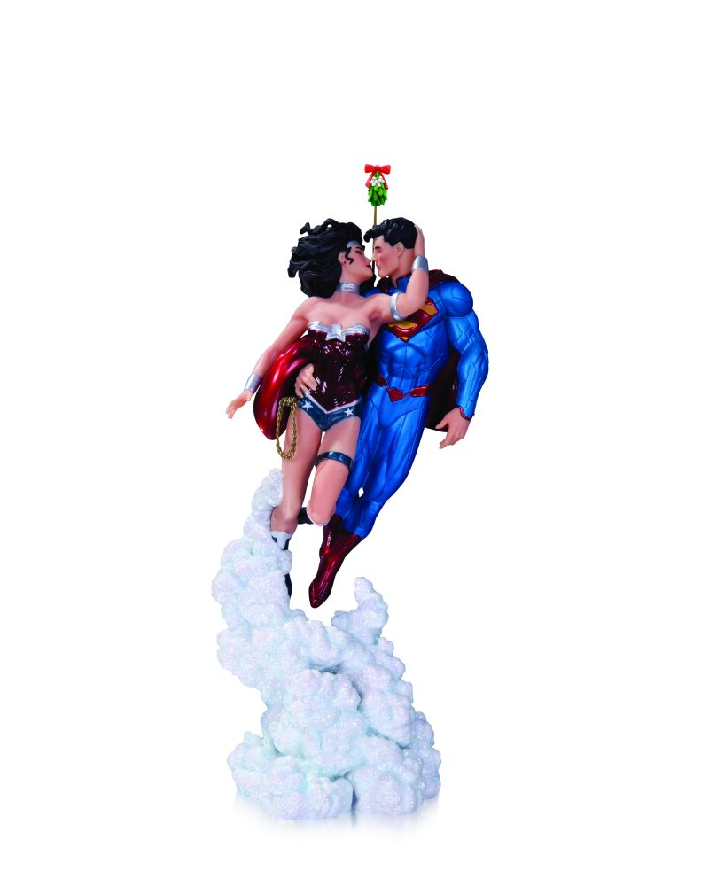 Superman Wonder Woman Holiday Kiss Mini Heykel