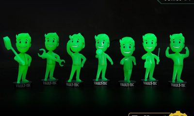 Gaming Heads: Fallout 76 Vault Boy Bobbleheads – Glowing Radioactive Edition