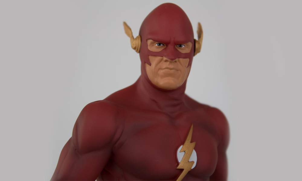 GameStop Exclusive: DC TV Earth-90 Flash Heykeli!